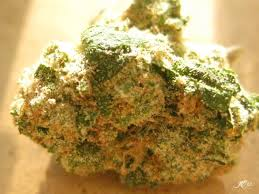 Indica Strains to Help Your Mood If You Work a 9-5